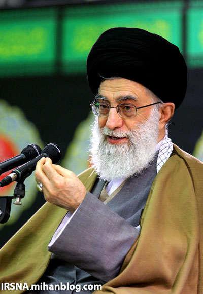 رویكردی در راستای استقلال و اقتدار بیانات رهبری; افراطیون داخل وخارج را میخكوب كرد